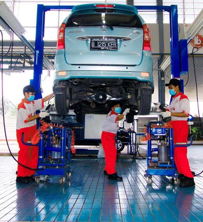 LAYANAN SERVICE TOYOTA