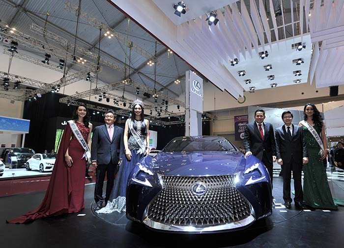 BESTCAR NEWS - Lexus Konsep Fuel-Cell GIIAS 2016 1
